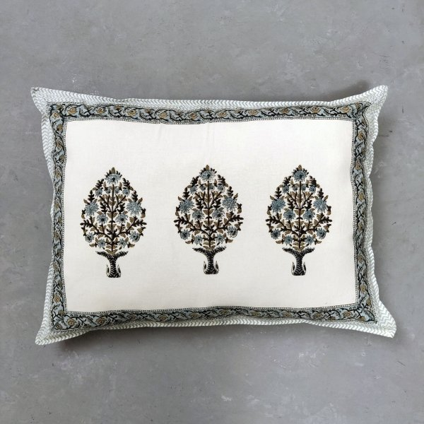Aahuti Pillow Cover