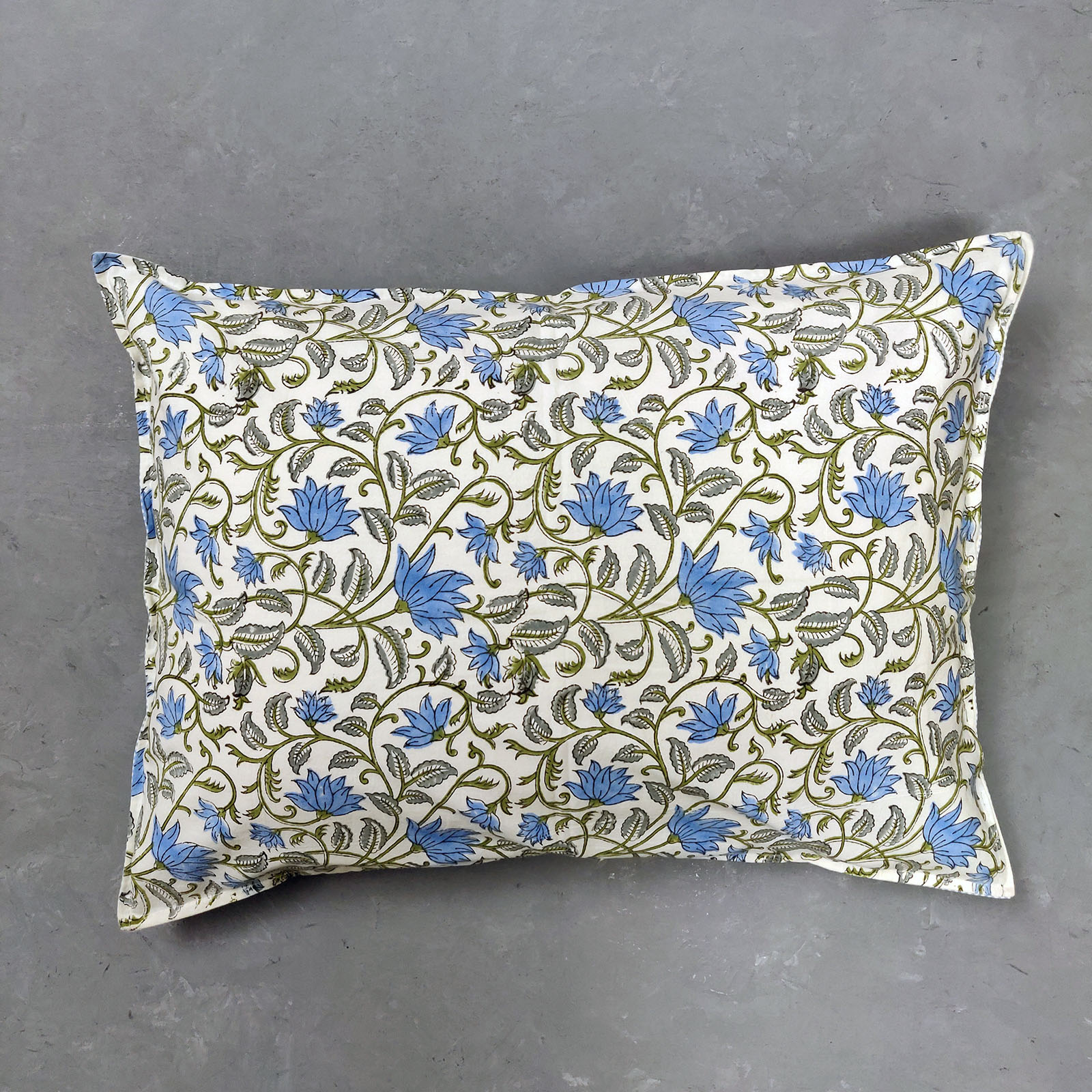 Arogi Pillow Cover