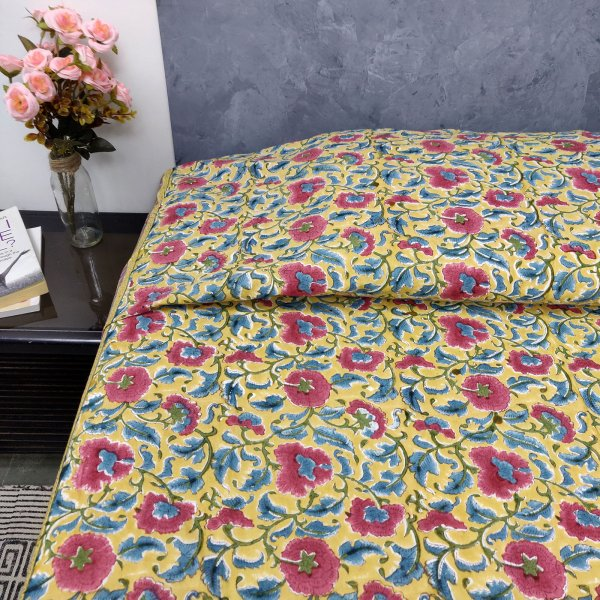 Big Red Floral Print King Size Bedsheet