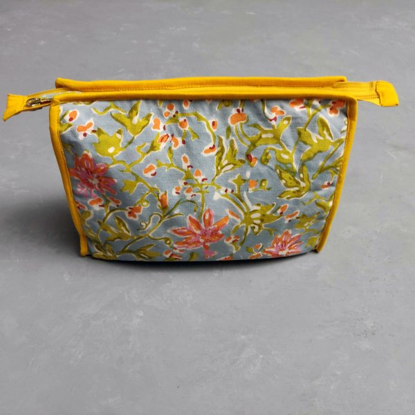 Floral Printed Large Toilet Pouch