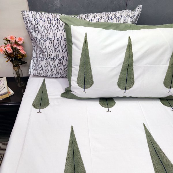 Green Pine Tree Double Bedsheet