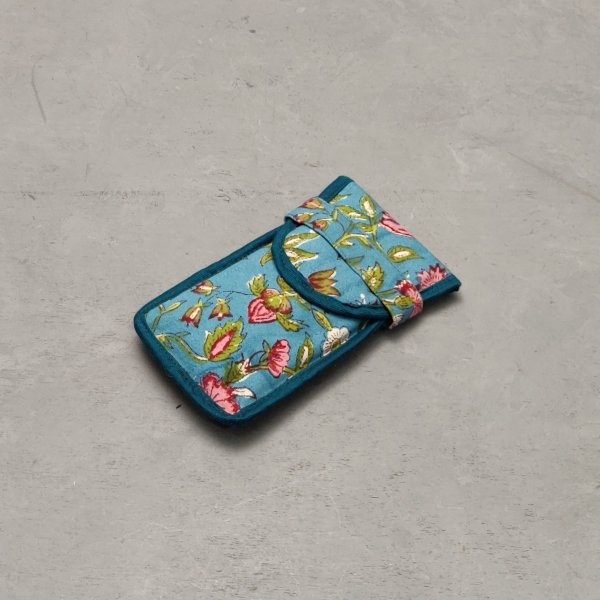 Turqoise Floral Printed Spec or Mobile Pouch