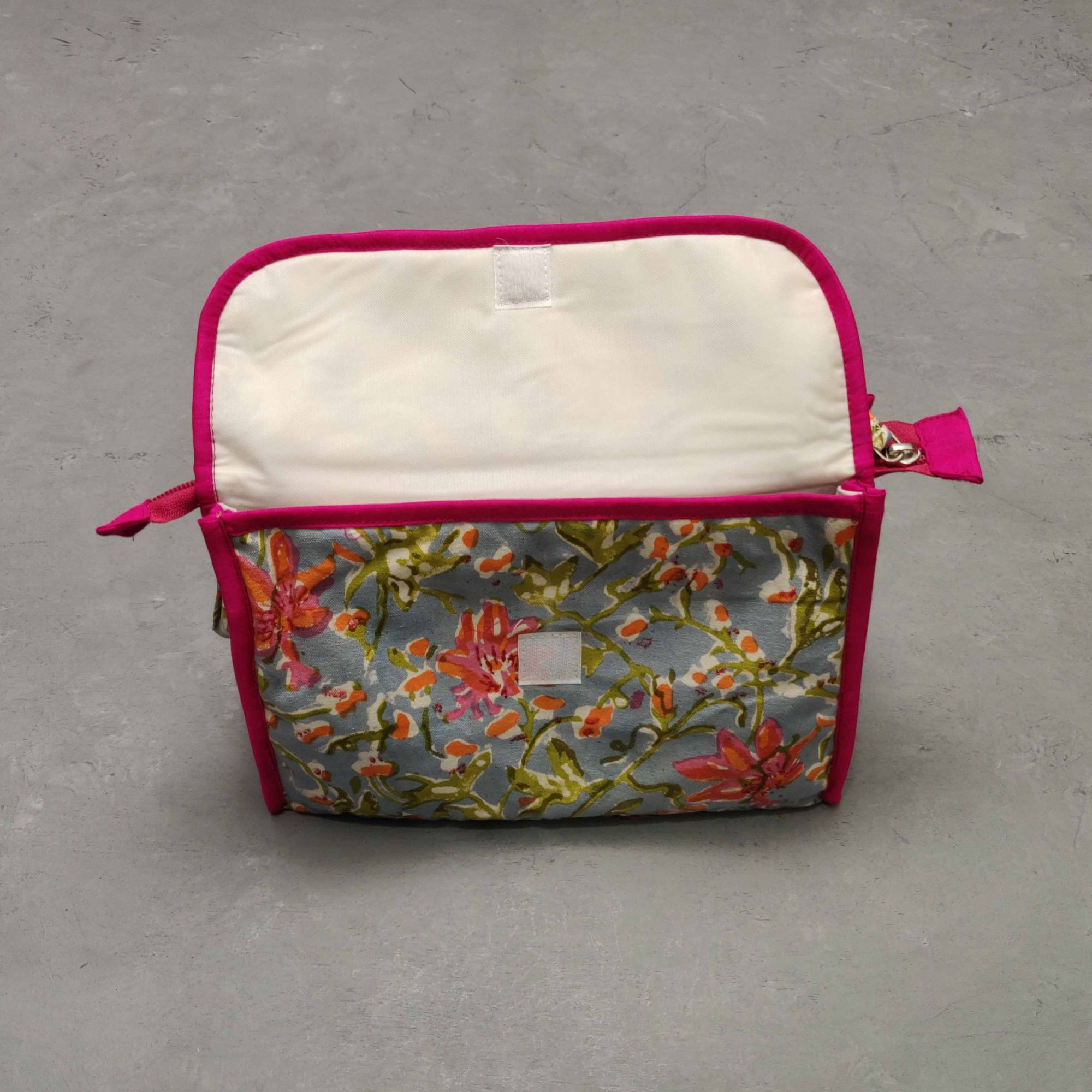 Grey Pink Floral Twin Toilet pouch