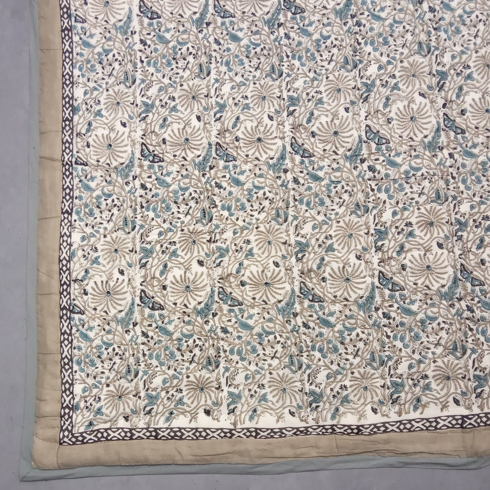 Gree Pine Tree Single Size Quilt