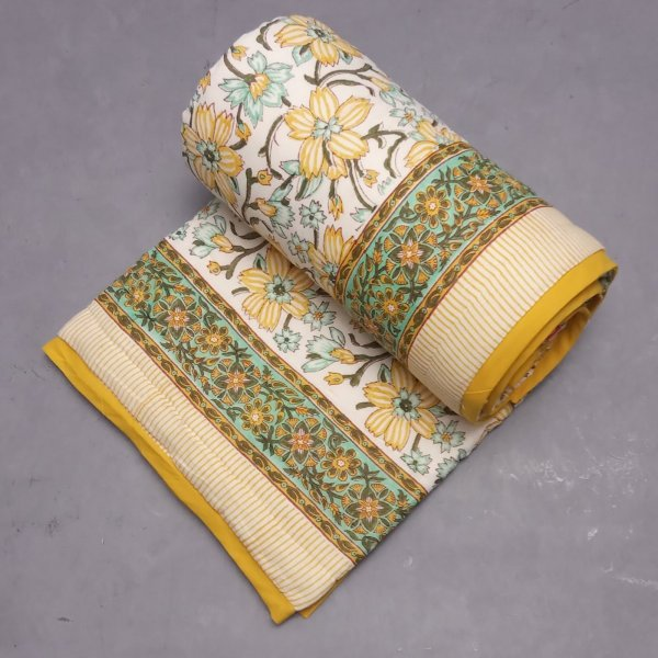 Light Yellow Green Single Size Quilt