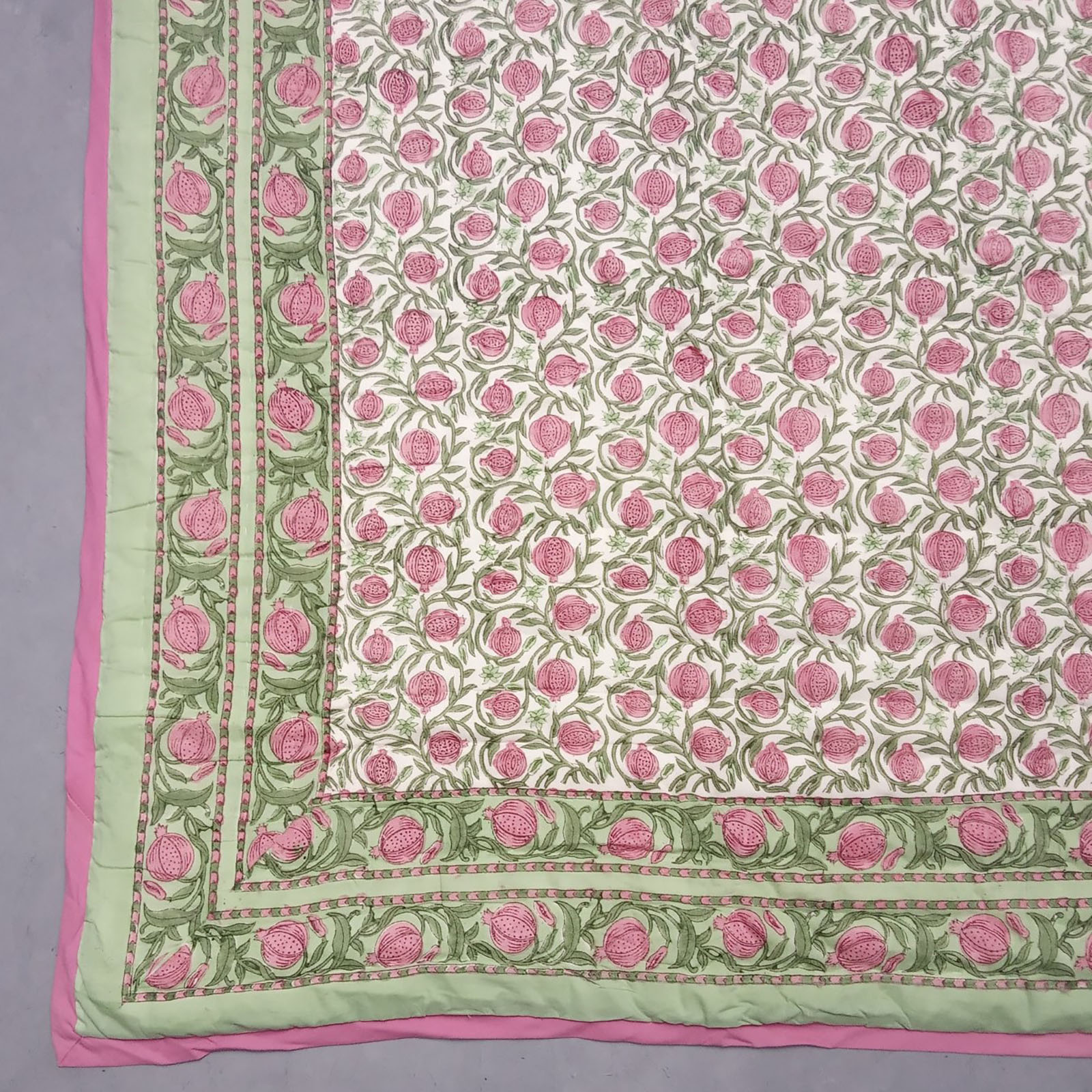 Raty Single Size Quilt