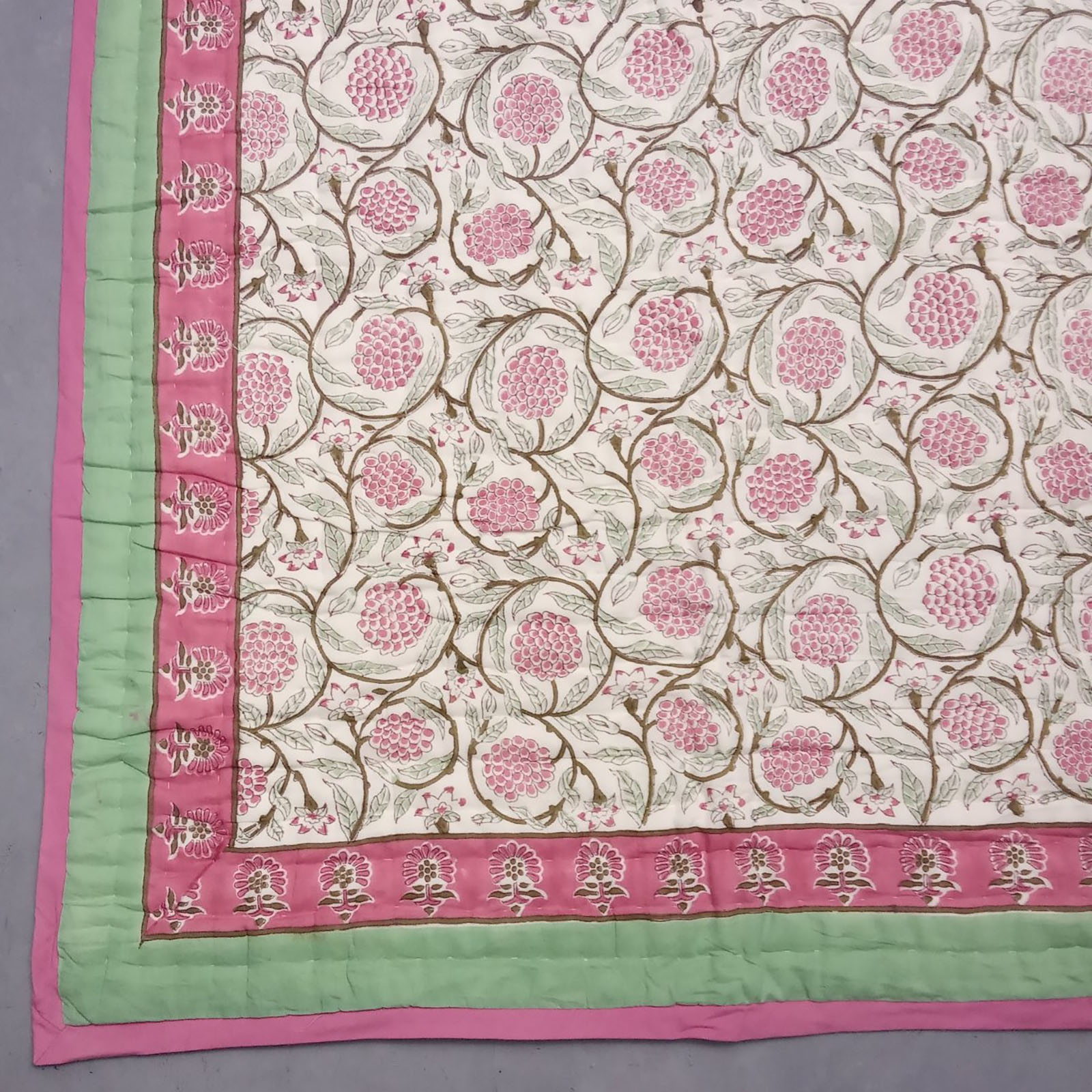 Lasa Pink Single Size Quilt