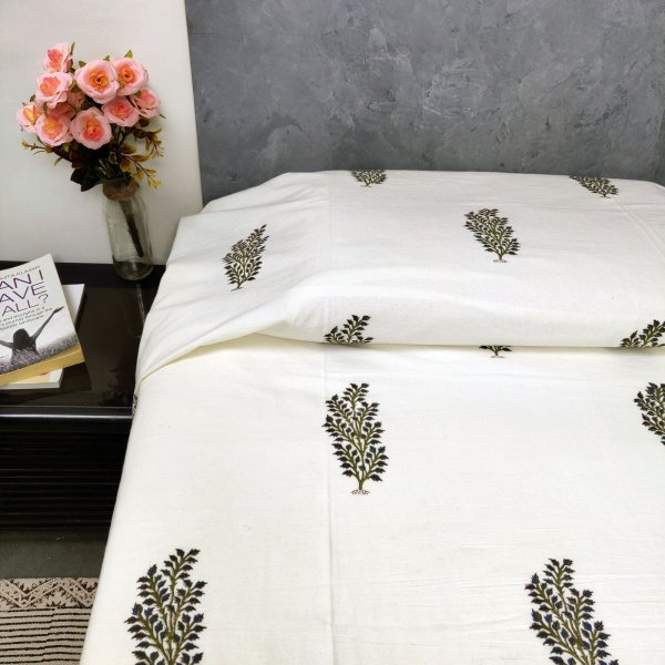 Leaf Butta On White Based Single Bedsheet