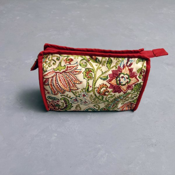 Red Floral Printed Large Toilet Pouch