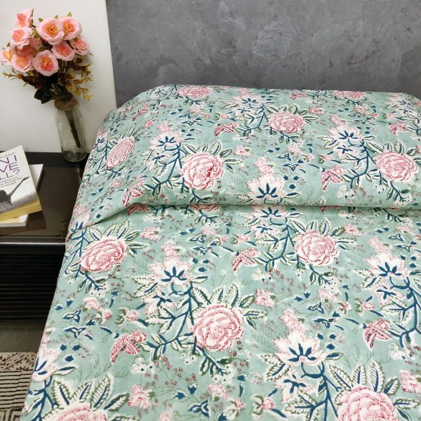 Rose Design on Green Based Single Bedsheet